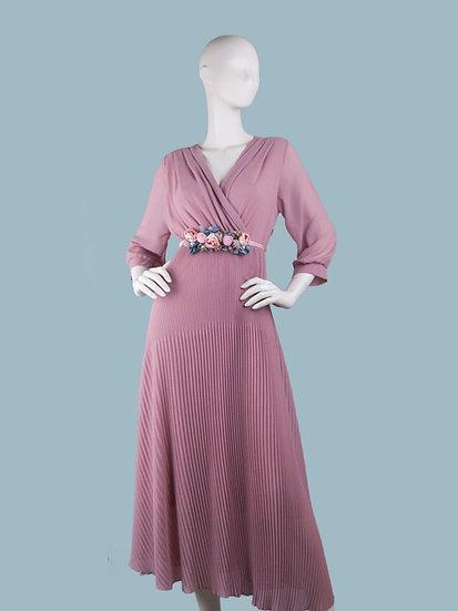Шифоновое платье максина подкладке с запахом розовоес гофрированной юбкой. Италия. Размер: 42-48