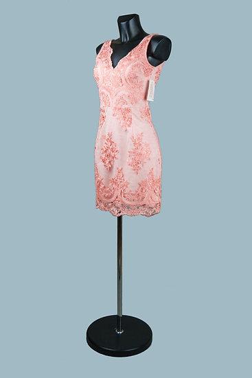 Платье для выпускного 2020 по фигуре персиковое