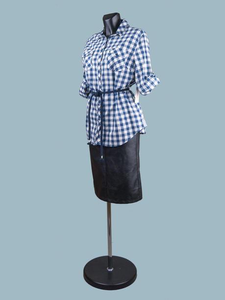 Женская рубашка в клетку синяя