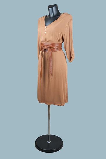 Коричневое платье с рукавом. Италия. Размер: 42-48