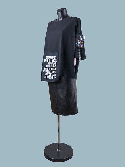 Черная свободная футболка с асимметричным низом | chichi