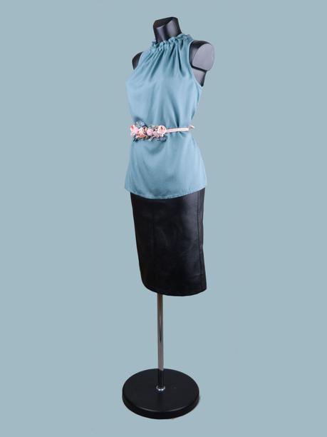 Летняя блузка без рукавов мятная.jpg