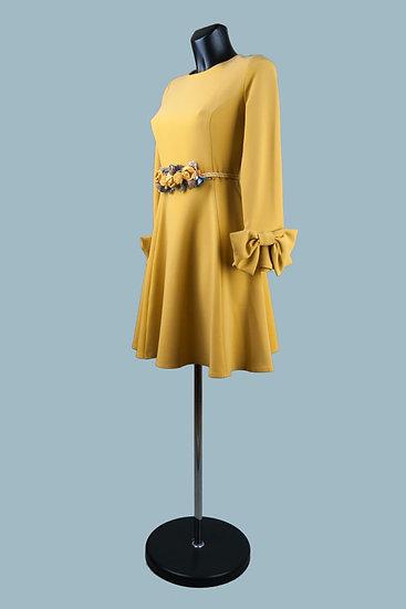 Нарядное платье желтое с бантами на рукавах. Польша. Размер: 42-46