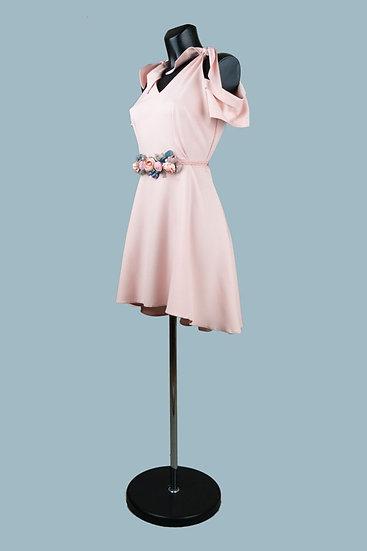 Короткое нарядное персиковоеплатье с отрезной пышной ассиметричной юбкой. Польша. Размер: 42-46