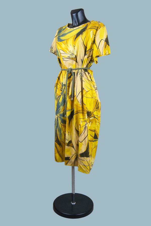 Платье летнее свободное желтое с рисунком
