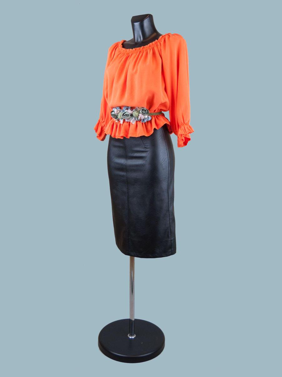 Летняя короткая блузка с укороченными рукавами оранжевая