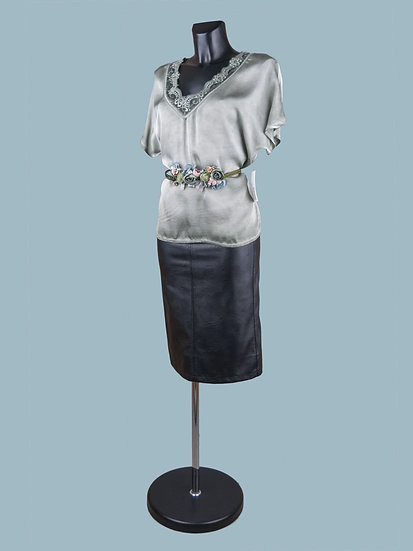 Шелковая блузка с коротким рукавом светлый хаки.jpg