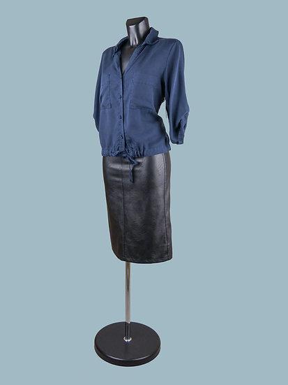 Летняя короткая блузка с длинным рукавом и завязкой внизу синяя