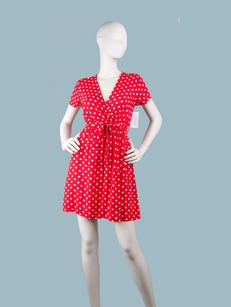 Красное платье в белый горошек короткое