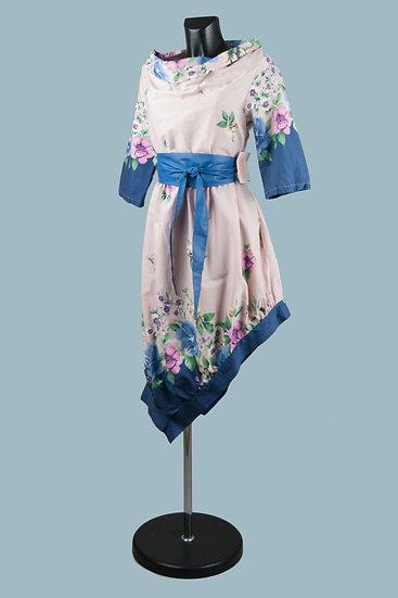 Платье с асимметричным низом нежно-розовое с рисунком. Италия. Хлопок. Размер:42-48