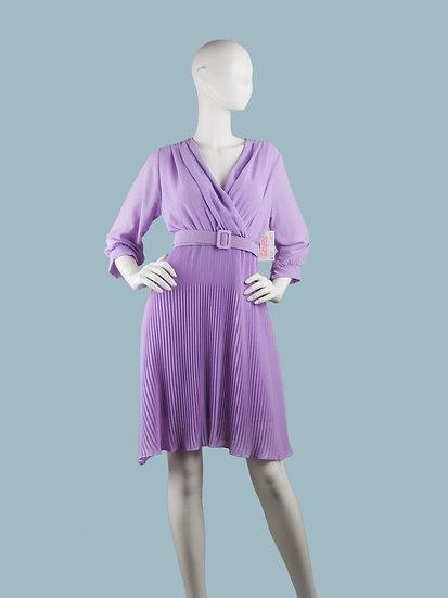Шифоновое платье миди на подкладке с запахом сиреневоес гофрированной юбкой и поясом . Италия. Размер: 42-48