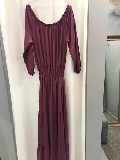 Платье  длинное с воланами длинный рукав бордовое 2049
