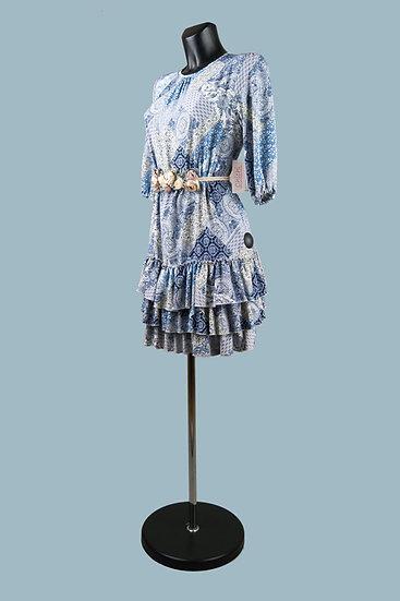 Короткое платье с оборками. Польша. Размер: 42-48.