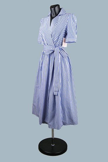Летнее платье с запахом в синюю полоску . Италия. Размер: 42-46