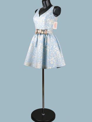 Короткое пышное платье голубое для выпускного  105109