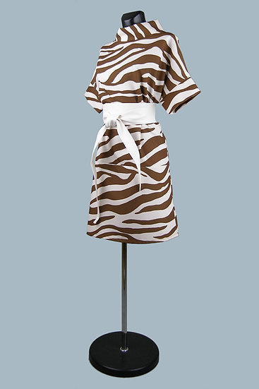 Нарядное свободное платье принтом зебра. Италия. Размер: 44-50