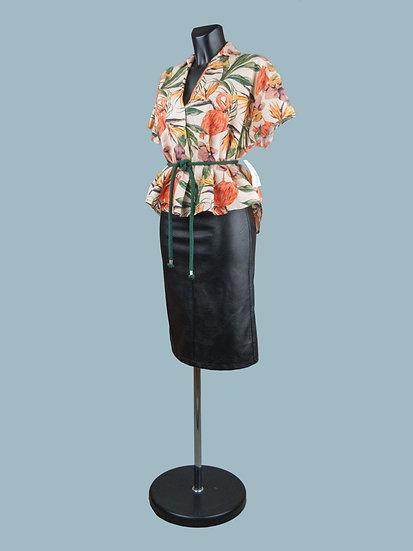 Летняя короткая льняная блузка большого размера с тропическим рисунком