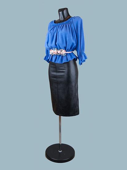 Летняя короткая блузка с укороченными рукавами ярко синяя