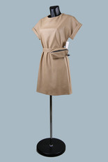Модное платье из экокожи бежевое  2020 (