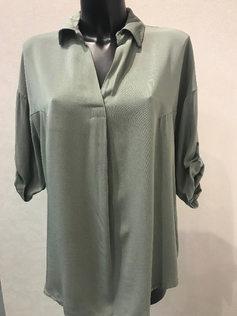 Свободная блузка. 50% тенакль, 50% вискоза. Италия. Размер: 48-52 Блузка 1891