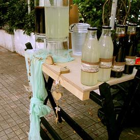 bar με λεμονάδα