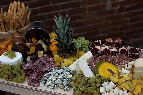 πιατέλα τυριών- αλλαντικών φρούτων