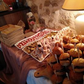 μπουφέ finger food σε wedding party