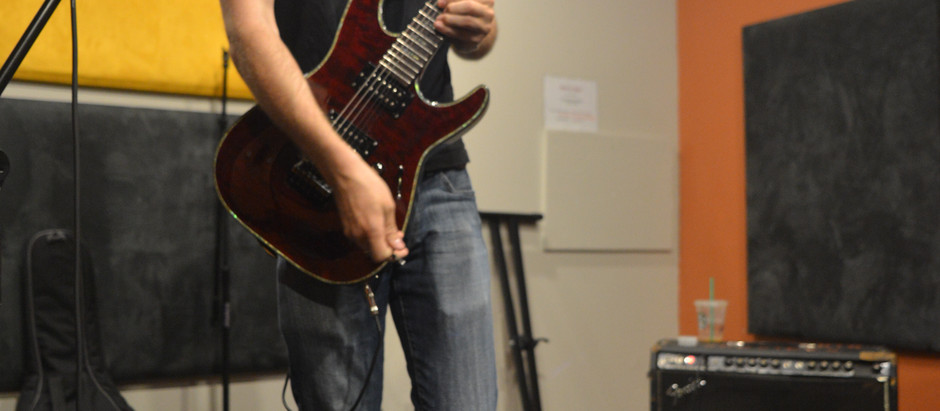 Recording Guitars at Spot 8816!
