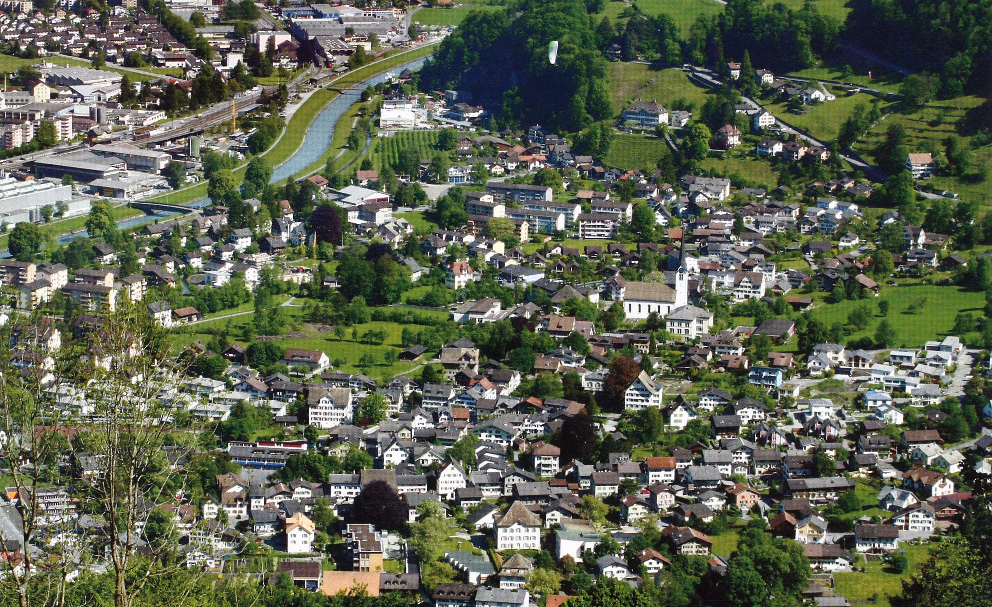 Luftbild Mollis
