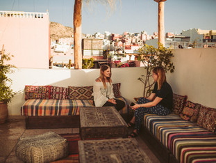 """From fashion designer to surf camp owner in Morocco: Franky from """"Wave Gypsy"""" - Femtastics article"""