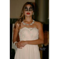 Instagram - #photoshoot #bridalshow #bride #beauty #MariaKamonPhotography #close