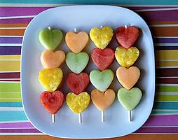 Heart-Fruit-Kabobs.jpg