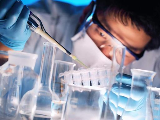 Химики из Китая предложили отбеливать зубы наночастицами оксида титана