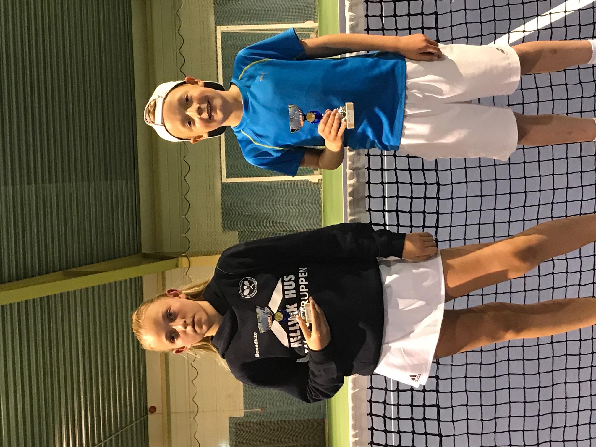 Finalister grønn Ball Benedicte og Vegard