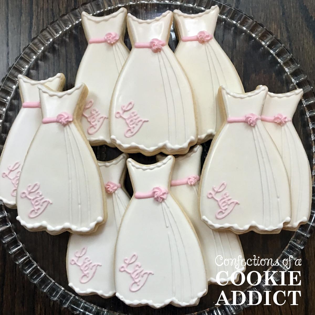 WeddingDressMono