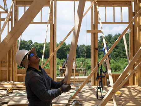 El índice de acciones de construcción de viviendas alcanza el primer récord en 15 años