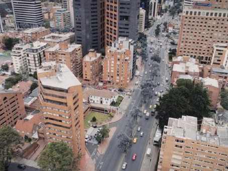Bogotá baja cifras de déficit habitacional a punta de viviendas informales
