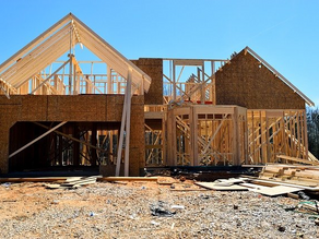 Advanced Framing vs. Traditional Framing – Which One is Best for Your Custom Home in Dallas?