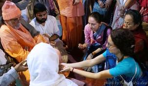 """""""A Glimpse Of Akhanda Guru Tattva"""""""