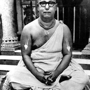 Glorification of Śrī Śrīmad Bhakti Śrīrūpa Siddhāntī Mahārāja