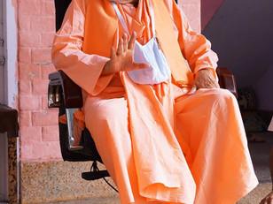 Pure harināma cannot be chanted without sādhu saṅga