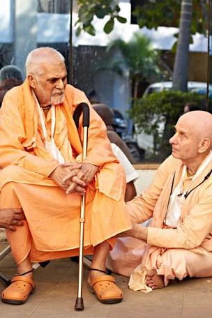 Srila Maharaj is a Gentle Giant