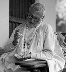 Glorification of Pūjyapāda Śrīdhara Mahārāja