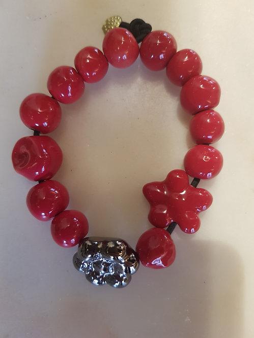 Rosso Valentino con Chapelier red