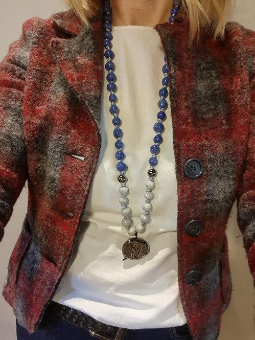 Pervinca e grigio perla collana lunga