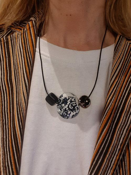 Oriente  black and white 4