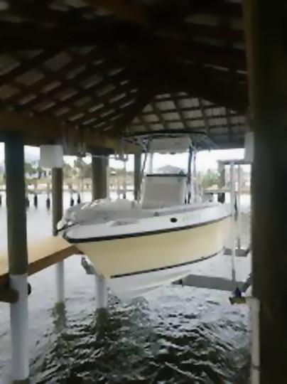 Synergy Boat House Lift