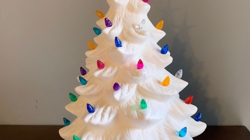 Christmas Tree with light (bulb inserts and star included)