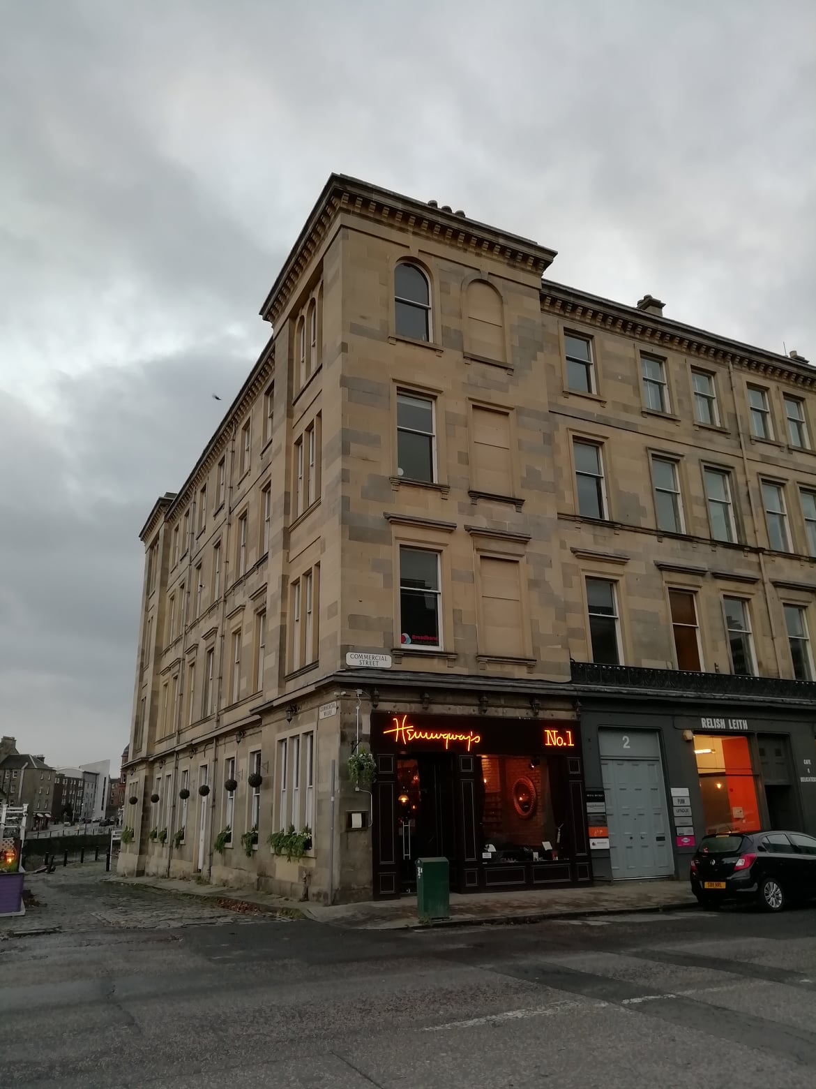 Hemingway's, Commercial Street, Leith