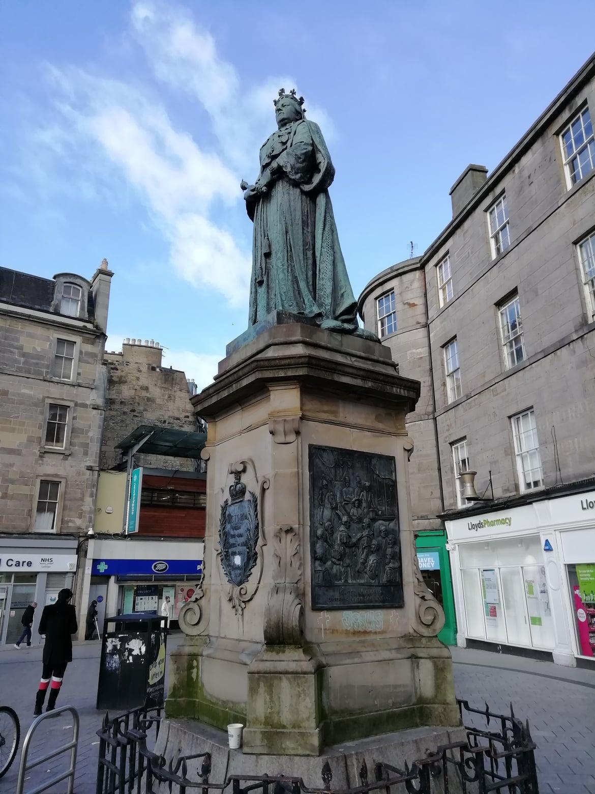 Queen Victoria Statue, Kirkgate, Leith